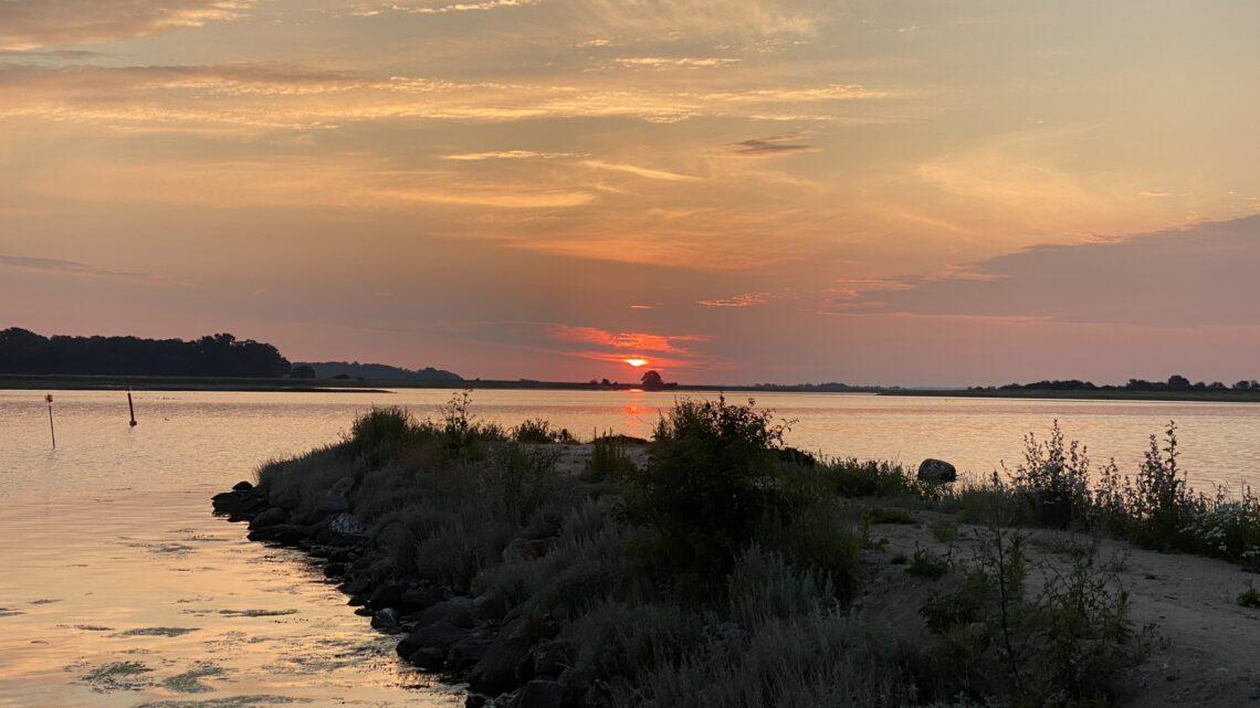 Bogø dæmningen – Nordfyn. 16 km.