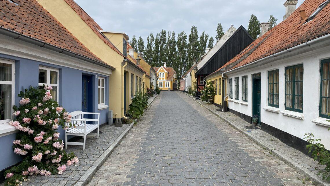 Ærø: Ærøskøbing – Kragnæs. 17 km.